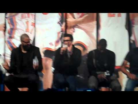 Landry Fields sings Bruno Mars,  Billionaire  NY Knicks style