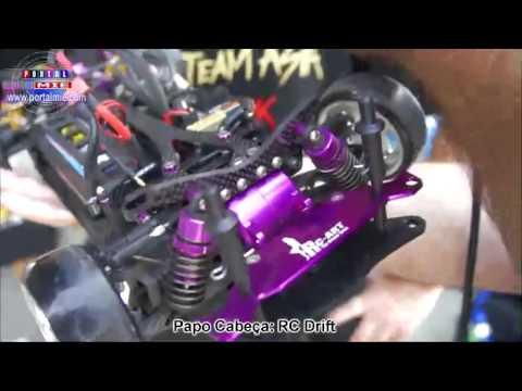 RC Drift - Carros de controle que fazem manobras de drift