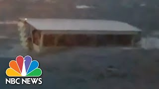 Video Shows Two Duck Boats In Lake Before One Capsizes | NBC News - NBCNEWS