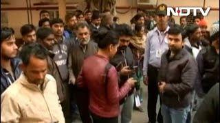 दिल्ली : सफ़दरजंग अस्पताल के रेज़ीडेंट डॉक्टर हड़ताल पर - NDTVINDIA