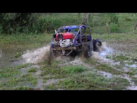 Gaiola Cross Diesel, Brincando na água