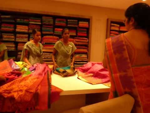 Saree selection video guide for men - part 4