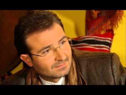 Ahmet �ABUK �iiri Ac�lar�n �ocuklu�u �iirini Bedirhan G�k�e yorumuyla sesli dinle... Ac�lar�n