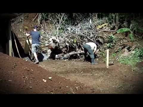 Video Testimonial : Amie and Richard - Building & Construction in Costa Rica - uVolunteer