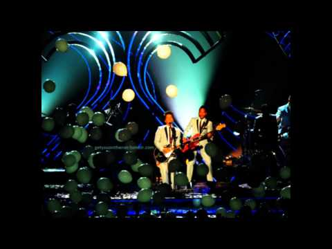 Bruno Mars - Marry You MTV EMA 2011 (Audio)