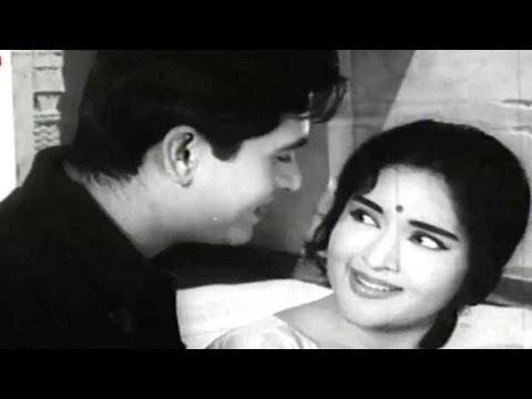 Dil Beqarar Sa Hai - Joy Mukerji, Vaijayanti Mala, Ishara Song -gLPrStGNfq4
