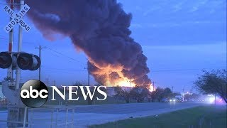 Environment groups concerned after chemical plant blaze in Houston - ABCNEWS