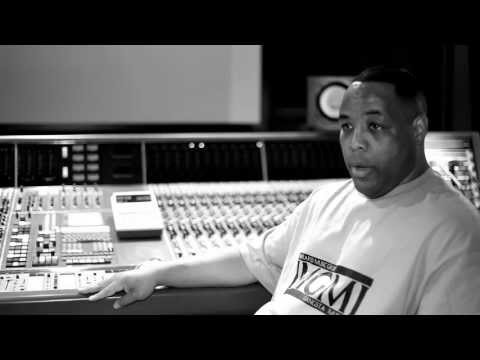 E-A-SKI talks about Analog Tape (Video)