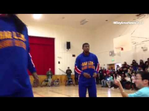 @Globies visit Edna Brewer Middle School in #oakland