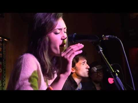 Dia Frampton - &quot;Don't Kick the Chair&quot; [Acoustic] (Live in San Diego 6-22-12)