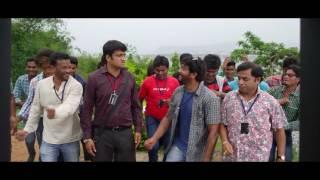 Katrina Kareena Madhyalo Kamal Haasan 30sec trailer - idlebrain.com - IDLEBRAINLIVE