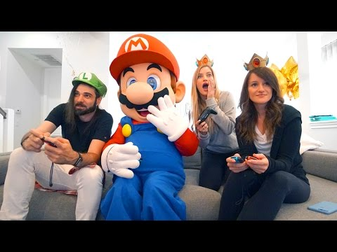 Playing Mario Kart 8 Deluxe with MARIO!