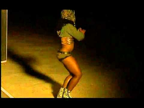 Tanisha Scott Dancing on We Be Burnin video