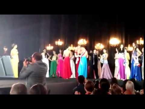 Vice Miss Amazonas 2015 não aceita derrota e arranca a Coroa da campeã