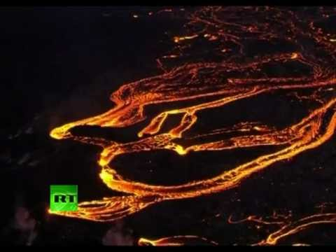 Hawaii volcano eruption: Stunning aerial video of Kilauea lava rivers