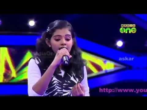 Pathinalam Ravu2 Krista Kala singing mappila song old hit mali deepame..