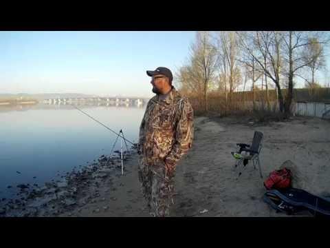 видео ловля карася на удочку на днепре
