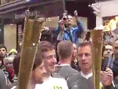 Olympic Flame - Glasgow - James McAvoy