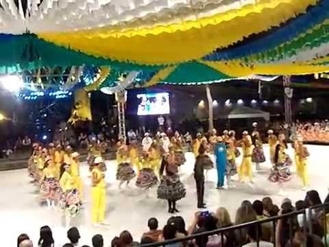 Quadrilha Mandacaru BICAMPEÃ Arraiá do Cerrado 2014