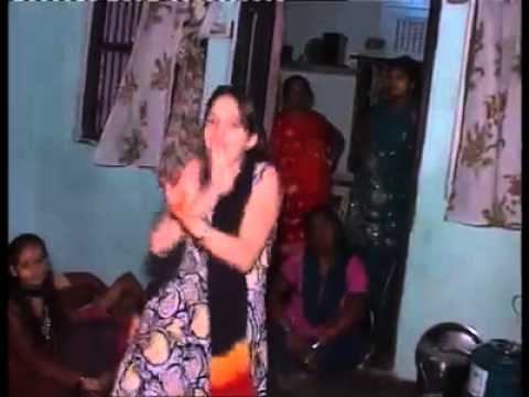 Indian Girl Amazing Dance - Indian Song Munni Badnam Hui