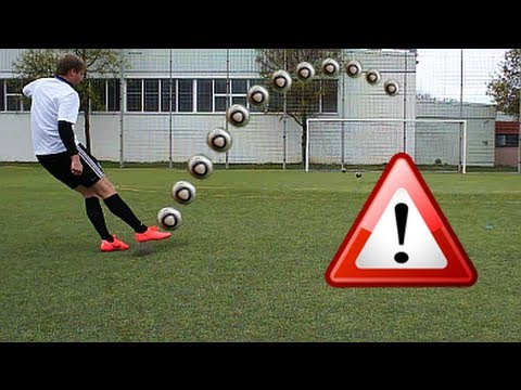 Cristiano Ronaldo Longshot Top Spin Tutorial | How to shoot a Dip / Dipping Ball | english/englisch