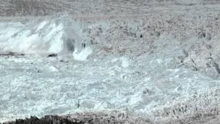 بالفيديو : لحظة تشكل الأنهار الجليدية ، لحظات تاريخية لم تراها من قبل
