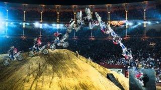 Лучшие трюки от Red Bull X-Fighters 2013 Мадрид