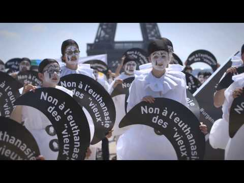 Urgence solidarité : 600 Pierrots contre l