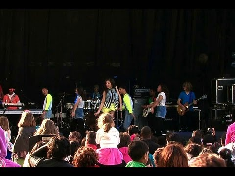 2012 White House Easter Egg Roll: Zendaya Performs