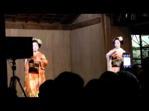 H27.03.14 京都・東山花灯路 八坂神社 舞妓の奉納舞踊②