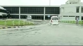 Heavy rain disrupts normal life in Gujarat - NDTVINDIA
