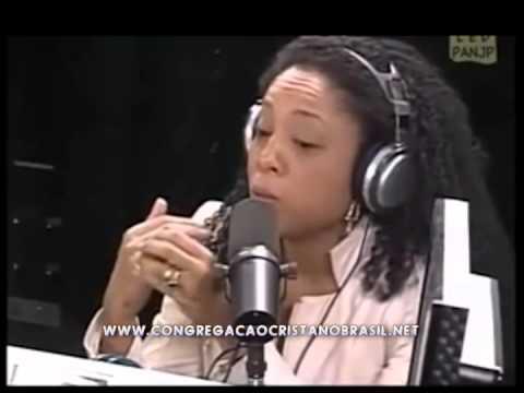 Negra Li - Fala que é da CCB Congregação Cristã no Brasil e Canta o Hino 376