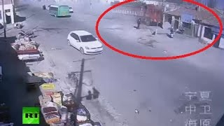CCTV: Truck loses control & plows into roadside houses in China - RUSSIATODAY