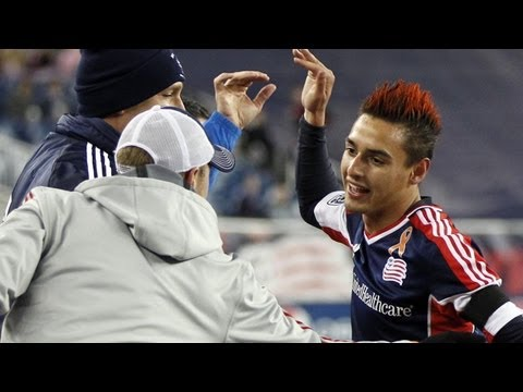 GOAL: Diego Fagundez carves his way through Houston's defense | Houston Dynamo vs NE Revolution