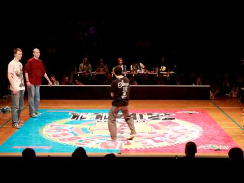 Markus &amp; Oooooh Tiffany vs. Kaczorex &amp; Lipskee @ Juste Debout 2011, Finland, Popping, 1/4 Finals