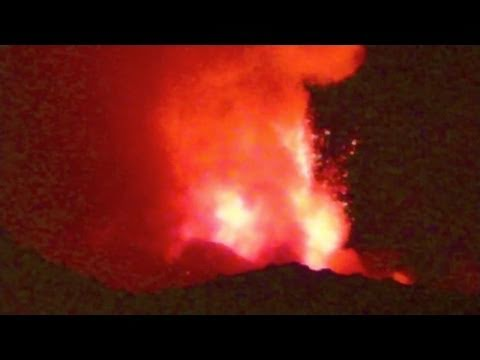 Mt. Etna Eruption 12/01/2011