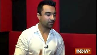 Bigg Boss 8: Ajaz Khan reveals the secrets of the house - INDIATV