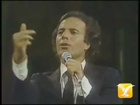 Julio Iglesias, Un Sentimental - No Vengo Ni Voy