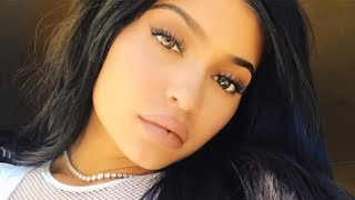Top 5 Kylie Jenner And Jordyn Woods Bestie Moments | Hollywire - HOLLYWIRETV