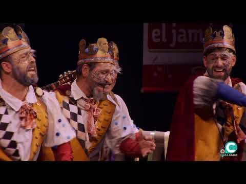 La agrupación Mi reino en tus manos llega al COAC 2020 en la modalidad de Comparsas. En años anteriores (2019) concursaron en el Teatro Falla como Músicos sin fronteras, consiguiendo una clasificación en el concurso de Cuartos de final.