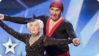 Abuelita De 79 Años Bailando Salsa ¡Te Dejará Boca Abierta!