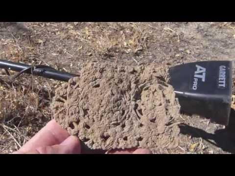 Metal Detecting 'Malaytown' 1888 (Part 3) + Bottle Digging: Garrett AT Pro.