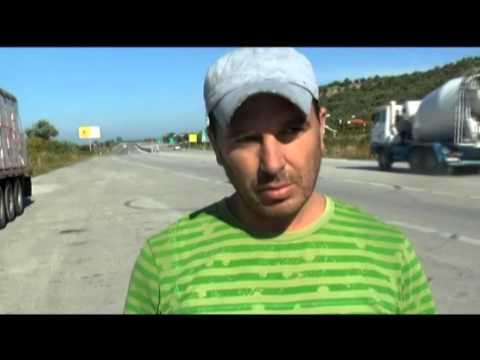Autostrada Levan-Vlorë, vazhdon vjedhja e pjesëve metalike për skrap