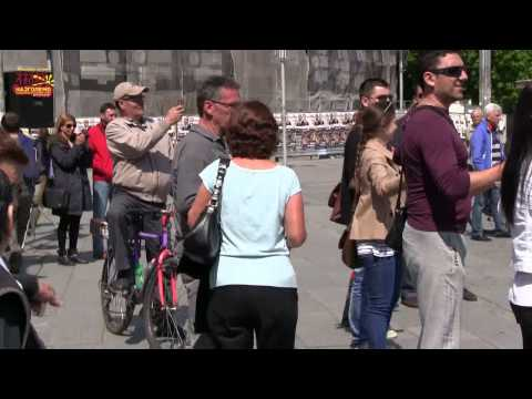 Flash mob oro vo Skopje 14 04 '14