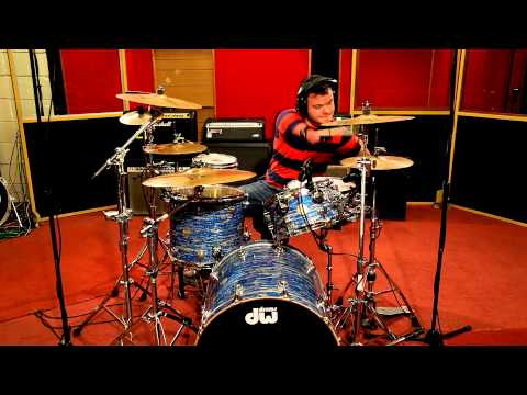 No Hands Drummer - But Better Than Most Of Us