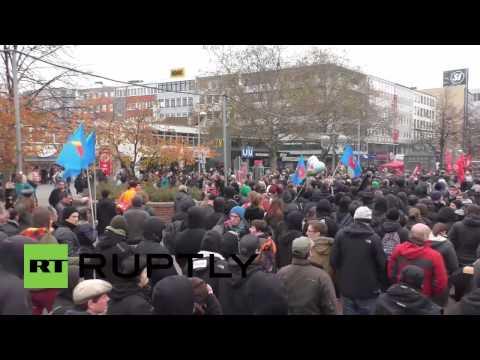 Provocaciones entre antifascistas e hinchas alemanes en Hannover