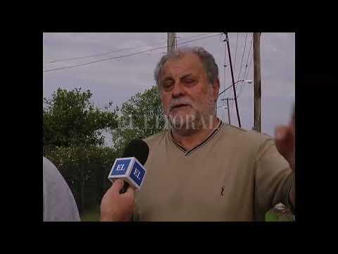 """CALLEJÃ""""N FUNES AL 2000: UN DESAGÃœE OBSTRUIDO PROVOCÃ"""" ANEGAMIENTOS EN UNA QUINTA"""
