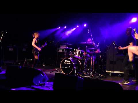 War On Women - Say It (Live in Hasselt 20/4/2013)
