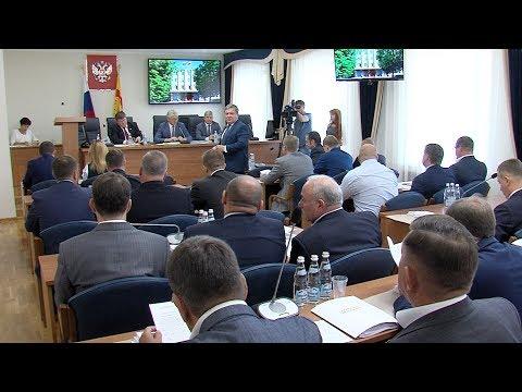 Депутаты горДумы выбрали Почетного гражданина Воронежа
