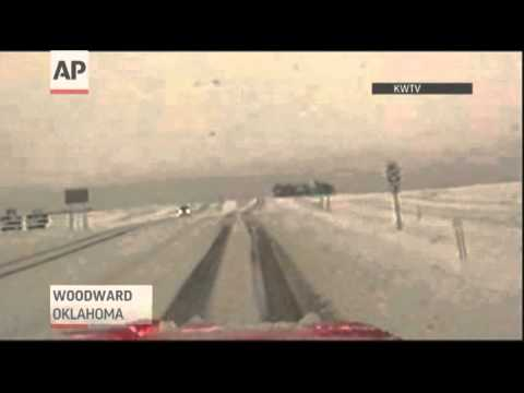 Raw: Snow Forces Road Closures in Texas, Okla.